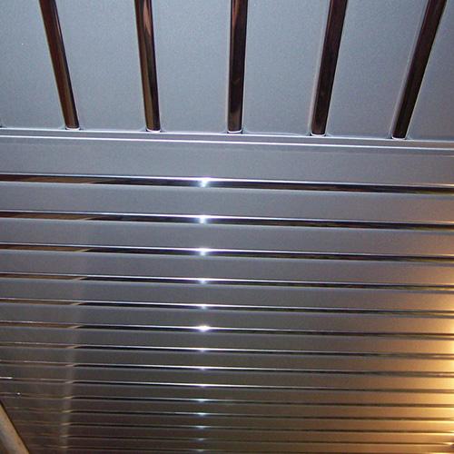 Комплект реечного потолка 1.72х1.5 серебро металлик + хром зеркальный